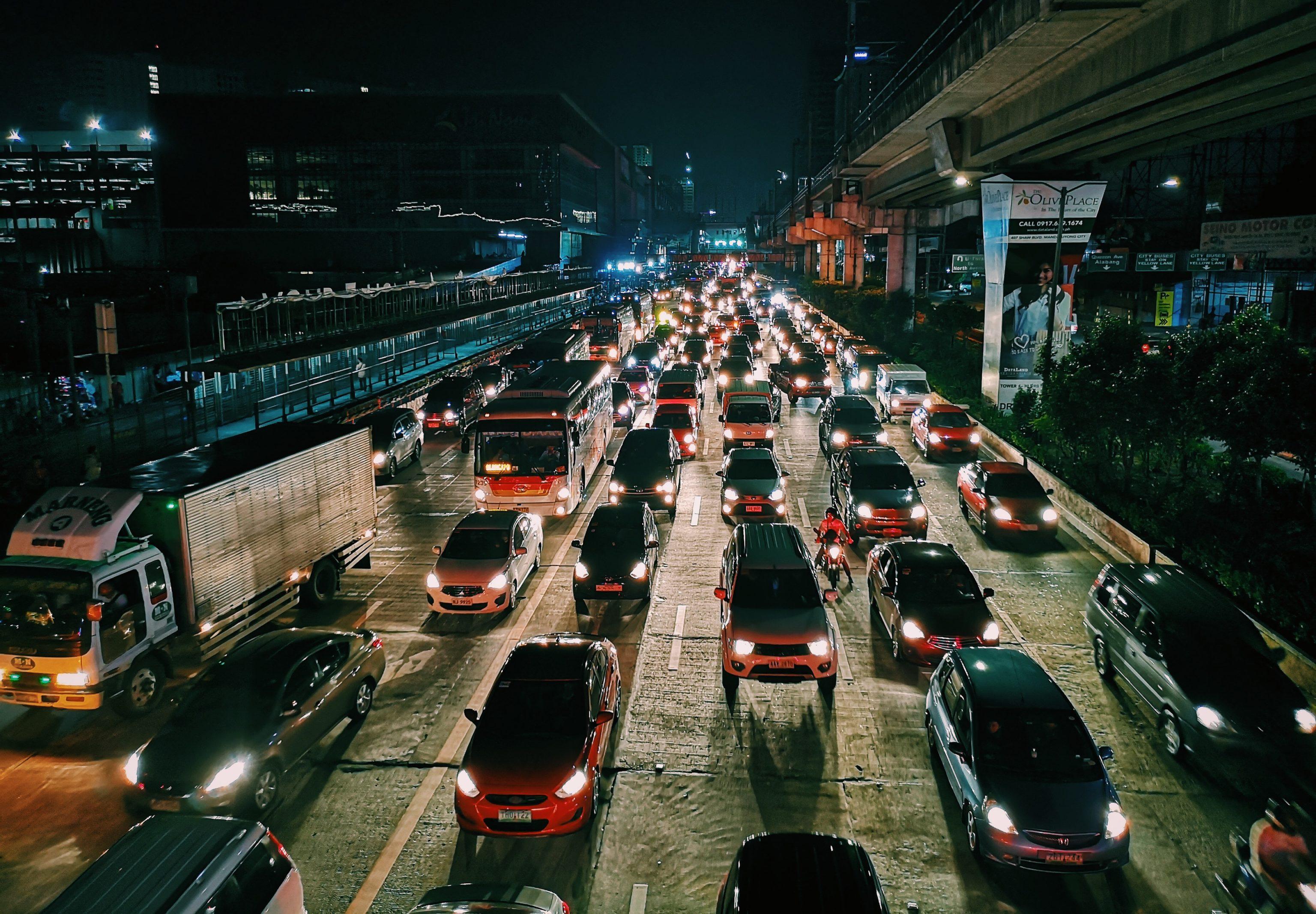 Waspada traffic arah ke AEON Mall BSD