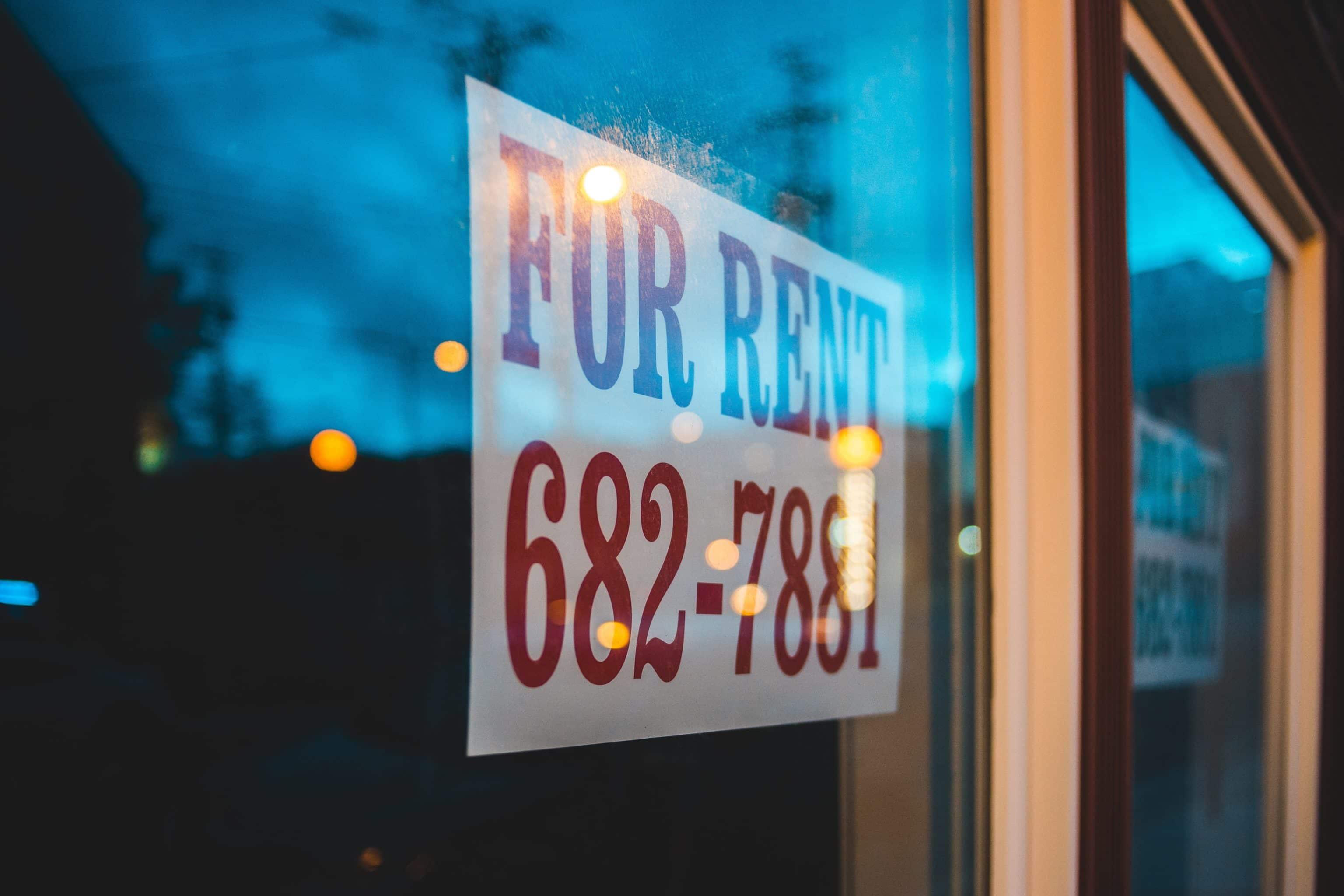 Menyewakan properti investasi apartemen