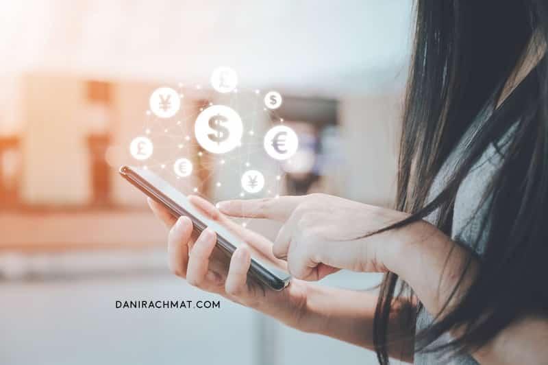 Mau Pinjam Uang ke Pinjaman Online 24 Jam Cair Itu? Kenali Ciri-Ciri Amannya!